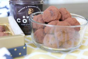 Mexican Hot Chocolate Truffles | www.brunchnbites.com