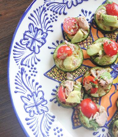 Avocado Tuna Bruschetta | www.brunchnbites.com