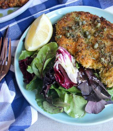 Best Chicken Schnitzel | www.brunchnbites.com
