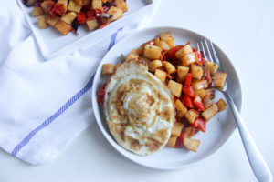 Sweet Potato Hash | www.brunchnbites.com