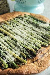 Asparagus Cheese Tart | www.brunchnbites.com