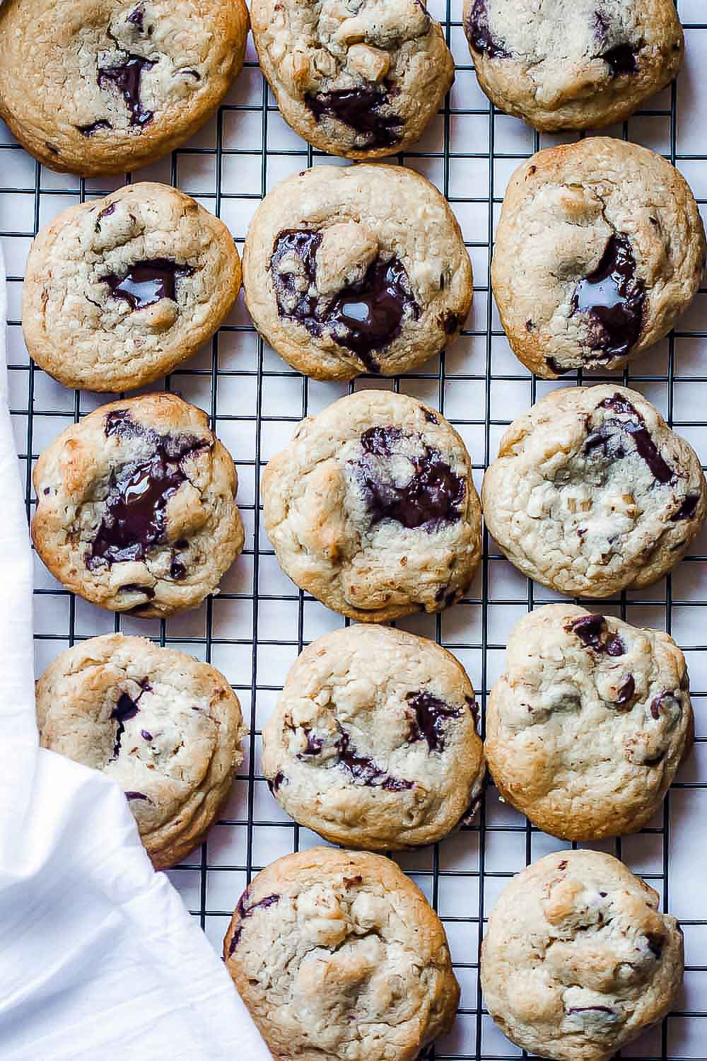 These Easy Chocolate Chip Walnut Cookies are loaded with chocolate and walnuts. This might be a keeper for some of you if you like soft cookies inside and crunchy outside.