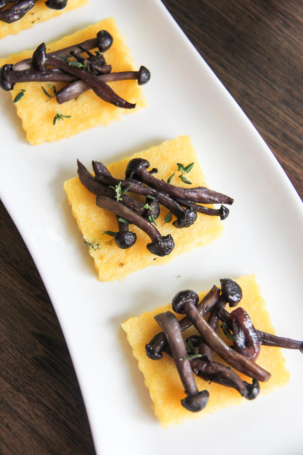 Just in time for the Big Game day, these polenta crostini with mushroom sauce is a perfect appetizer for a crowd or a small gathering. You won't be able to stop at just one!
