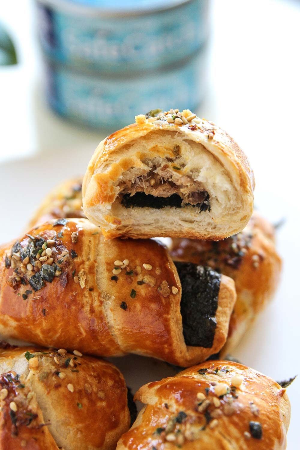 These delicious tuna croissants are the perfect treat for breakfast time or appetizer for your next party. With a little time and tuna, you can make this savory breakfast that will get your morning off to a fun start.
