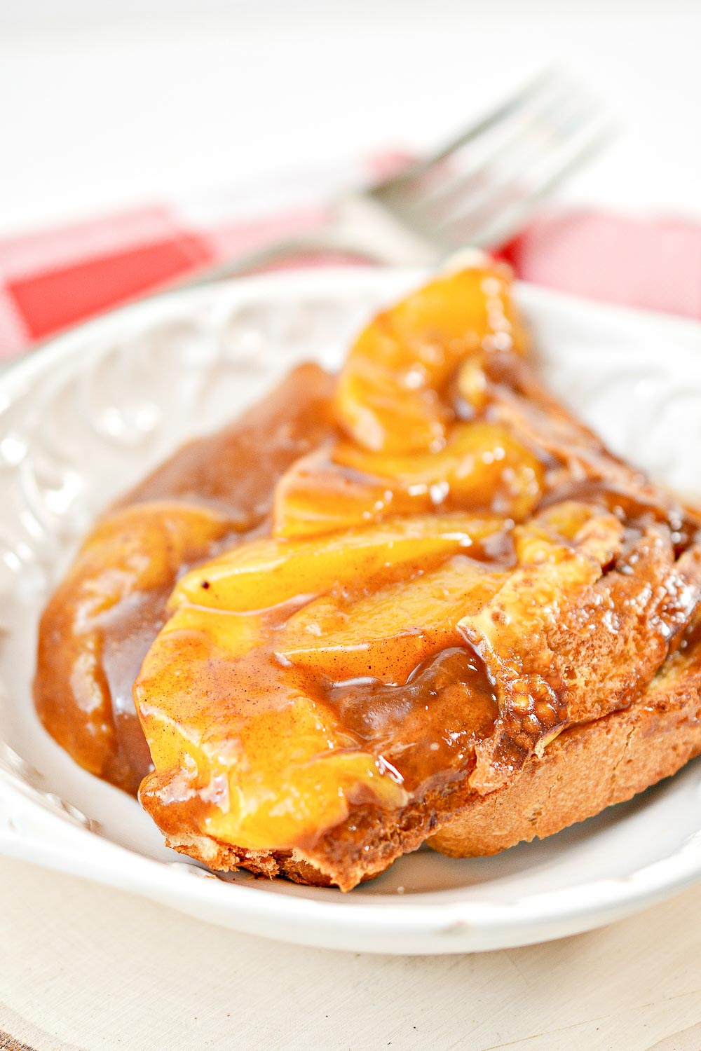 Christmas in the Summer? This Peach Pie French Toast Casserole can be prepared overnight and just popped in the oven in the morning. It's a good recipe to serve to a crowd or brunch!