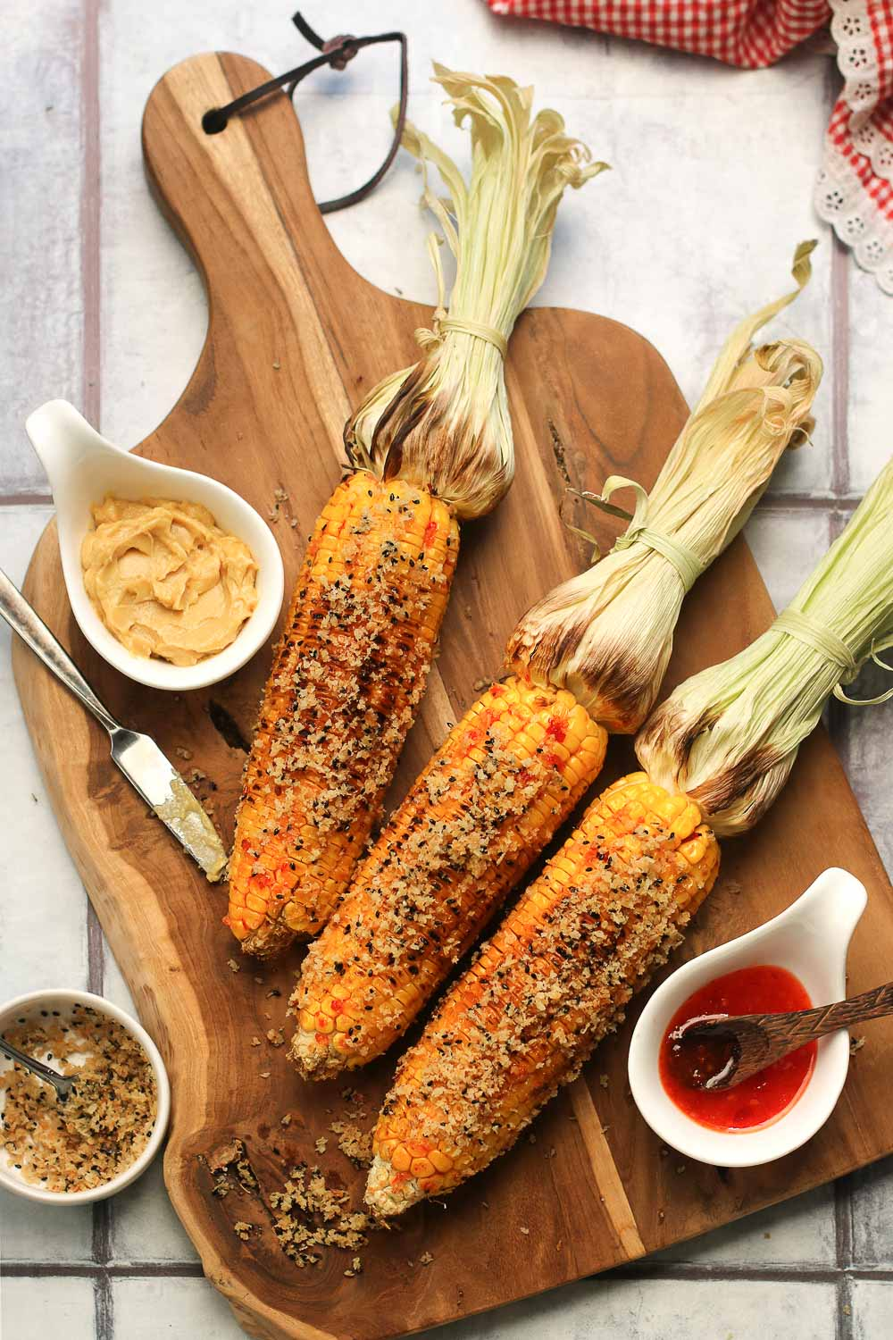 This grilled corn with spicy miso takes grilled corn to the next level and is one you'll be making on repeat! It's full of flavor, easy to make, and the perfect blend of spicy, savory, and umami. Perfect when paired with grilled chicken skewers or grilled mussels.